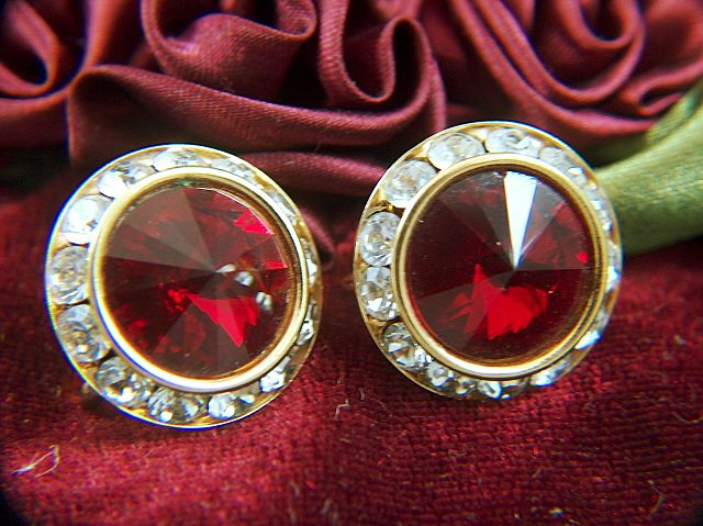 Vintage Deep Garnet Red Rivoli and Clear Rhinestone Earrings