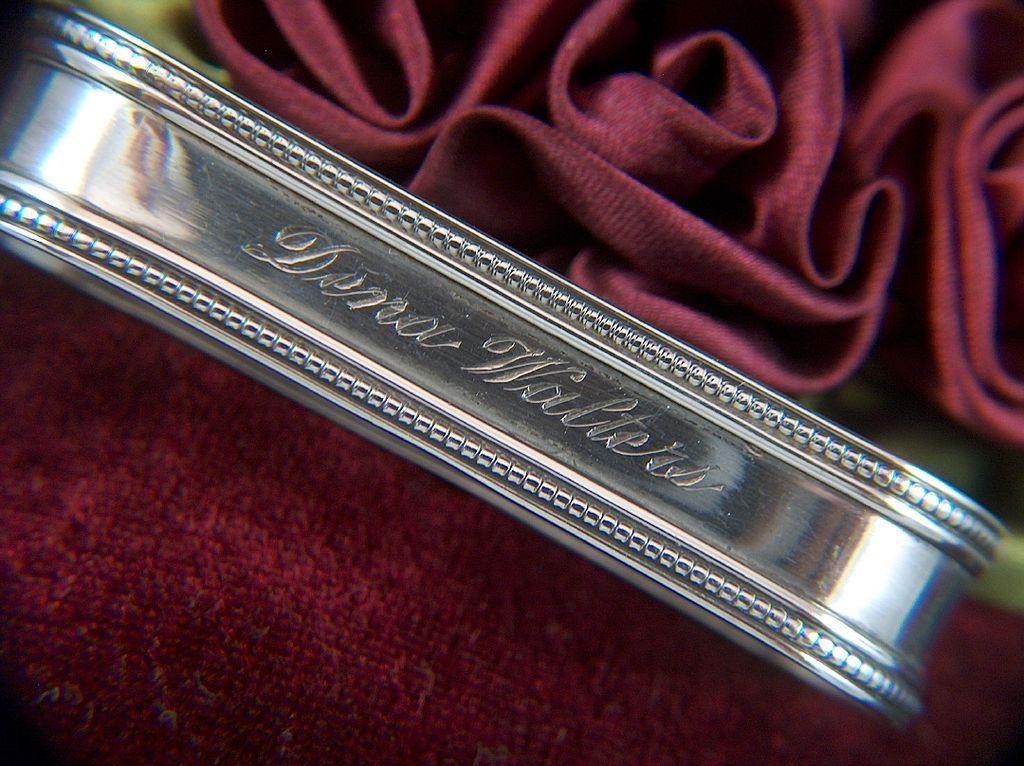 Vintage signed LUNT Sterling Silver Napkin Ring