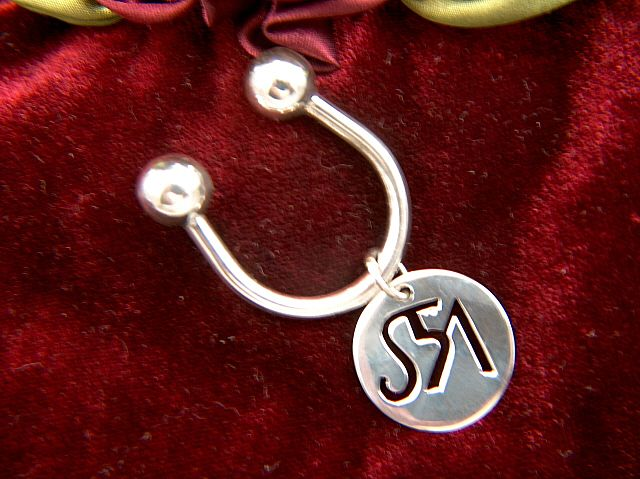 Vintage Sterling Silver Saks Fifth Avenue Key Ring with Removable Pendant / Charm