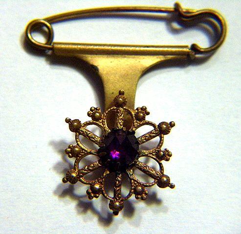 Vintage Victorian Rose Cut Amethyst Rhinestone Kilt Pin