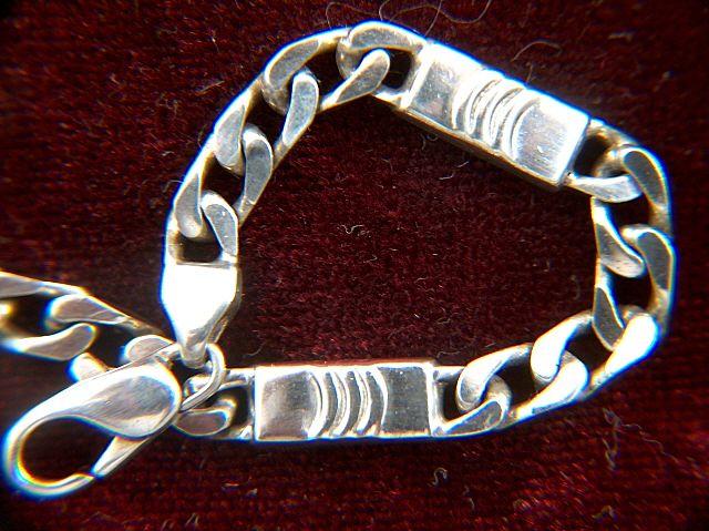 Vintage signed Italian Sterling Silver Link Bracelet