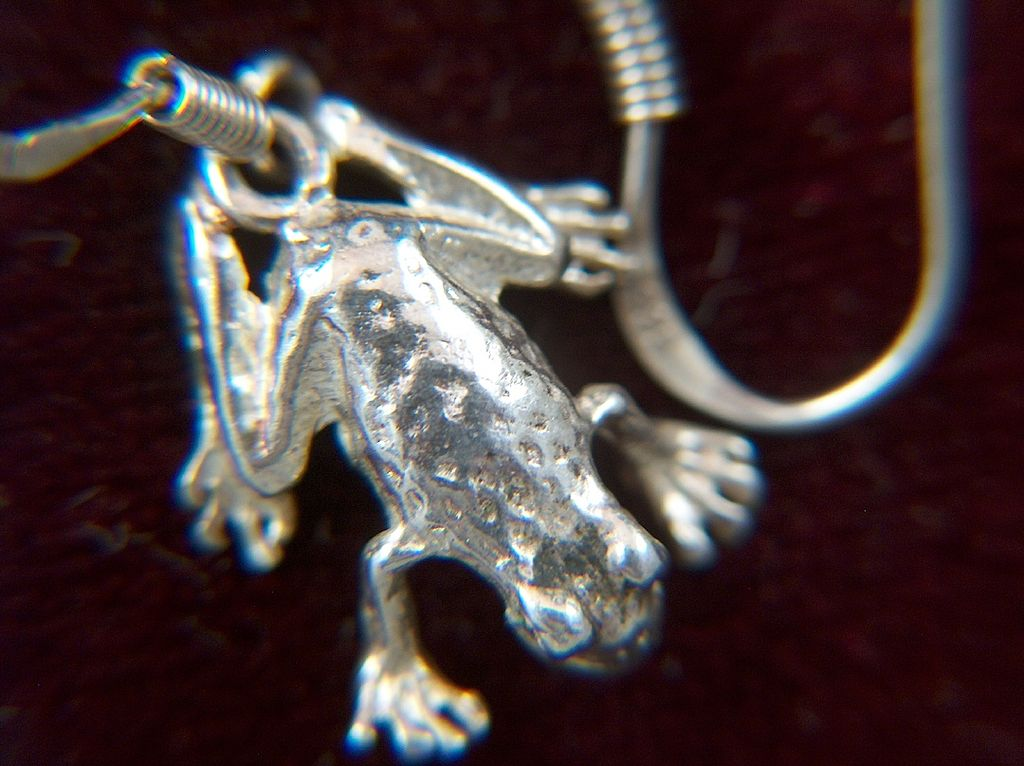 Vintage Sterling Silver Frog Charm Earrings ~ French Wires