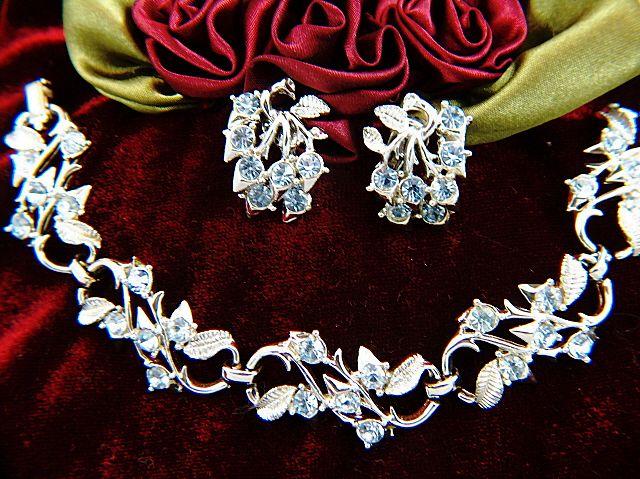Vintage signed CORO Silver Toned Baby Blue Rhinestone Bracelet & Clip Earrings Demi