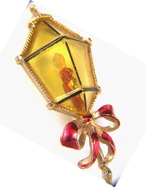 Vintage Plastic Lantern Christmas Enamel Pin Brooch