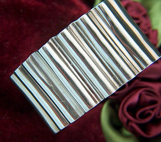 Vintage signed Mexico Corrugated Sterling Silver Cuff Bracelet