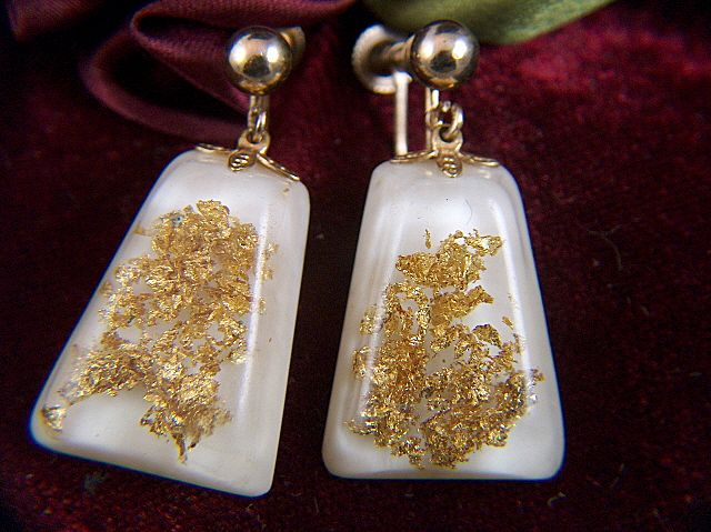 Vintage Gold Foil Glitter Lucite Screw Back Earrings
