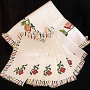 Vintage NEW Embroidered Fringed Linen Tablecloth & 6  Napkins Set