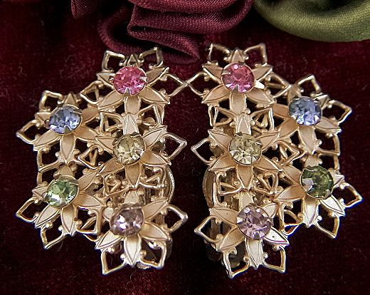 Vintage Pale Gold Toned Flowers with Rhinestones Clip Earrings