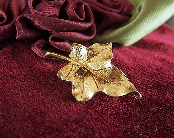 Vintage Leaf and Red Rhinestone Gold Toned Pin