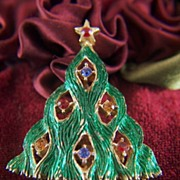 Vintage signed JJ Green Enamel and Rhinestone Christmas Tree Brooch Pin