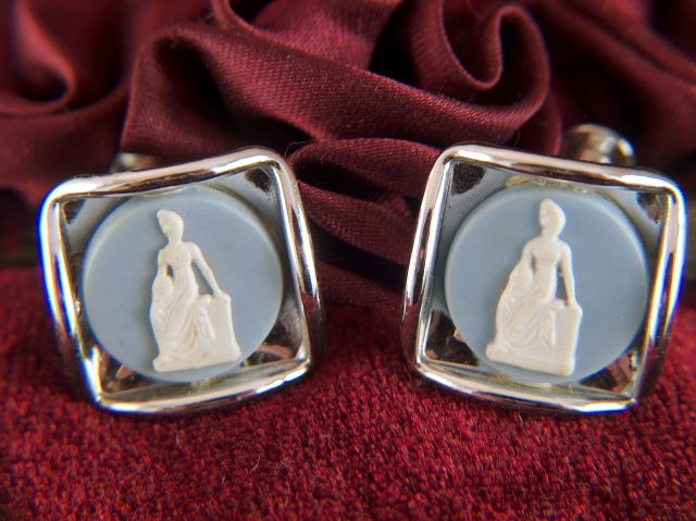 Vintage Plastic Cameo Blue and White Screw Back Earrings