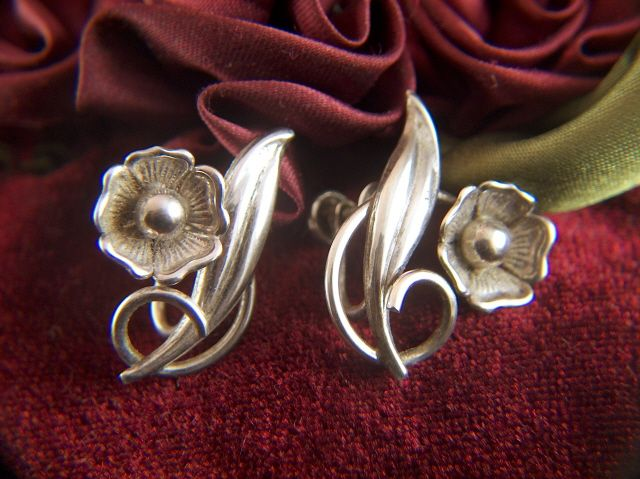 Vintage signed Carl-Art Sterling Silver Flowers Screw Back EArrings