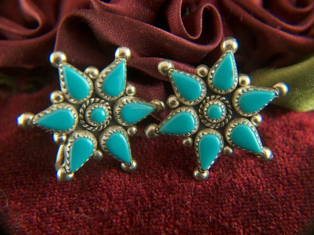 Vintage Bell Trading Sterling Silver and Turquoise Zuni Petti Point Screw Back Earrings