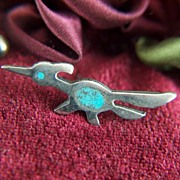 Vintage Sterling Silver Roadrunner with Inlaid Turquoise Tie Tac - Lapel Pin