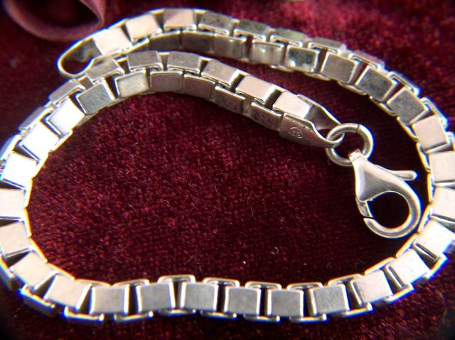 Vintage Sterling Silver Box Chain Link Bracelet - Italy