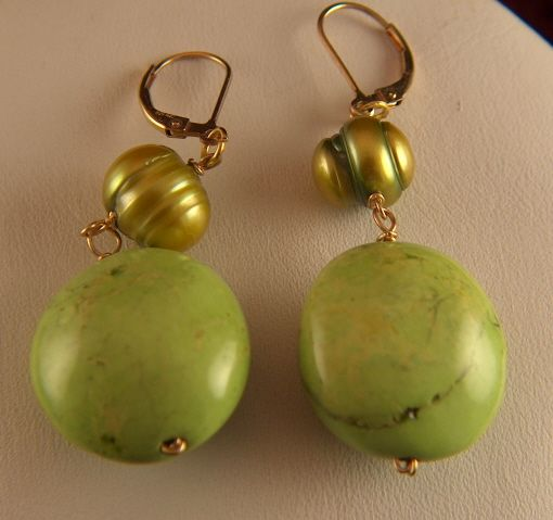 Vintage Dyed Green Howlite and Pearl Pierced Earrings - Gold Filled