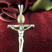 Vintage signed Sterling Silver Modernist  Crucifix Stone Cab Pendant - Cross