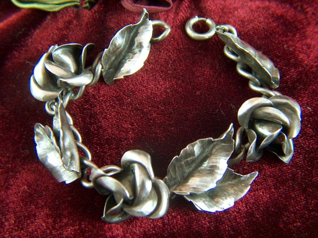 Vintage 1940s Sterling Silver Roses and Leaves Bracelet