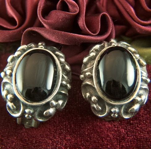 Vintage Sterling Silver Black Onyx Cabs Clip Earrings