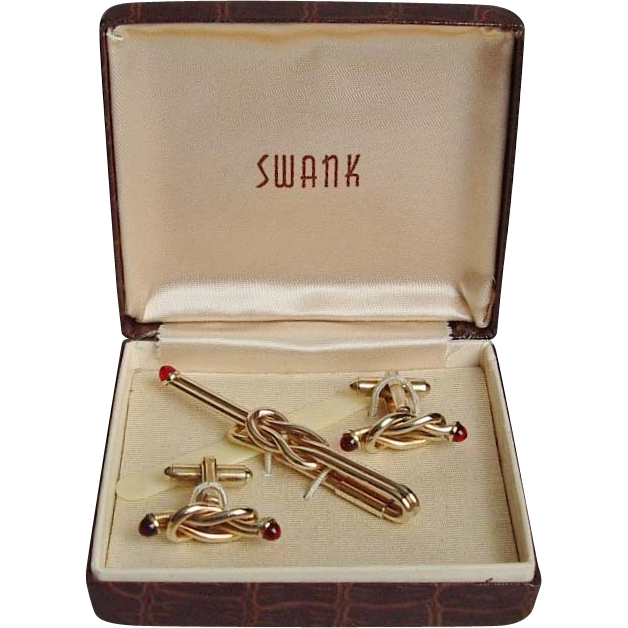 Swank Goldtone Red Cabochon Cufflinks and Tie Pin Set