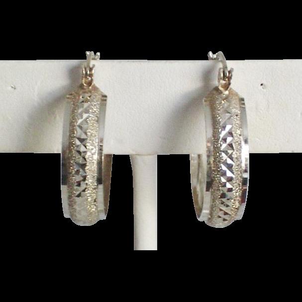 10K Gold Diamond Cut Hoop Earrings
