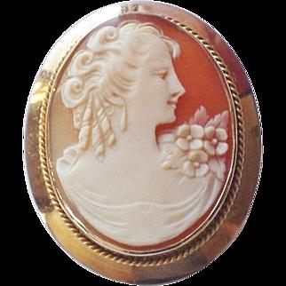 Vintage 10K Gold Carved Shell Cameo Pendant Brooch