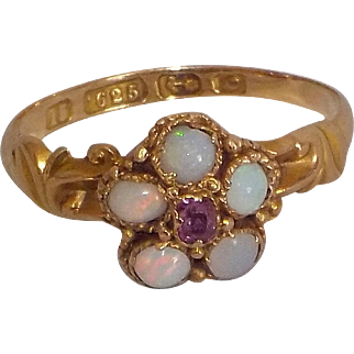 Vintage 15K yellow Gold Opals & Amethyst Ring size 5