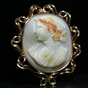 14K Yellow Gold Cameo Pin or Brooch