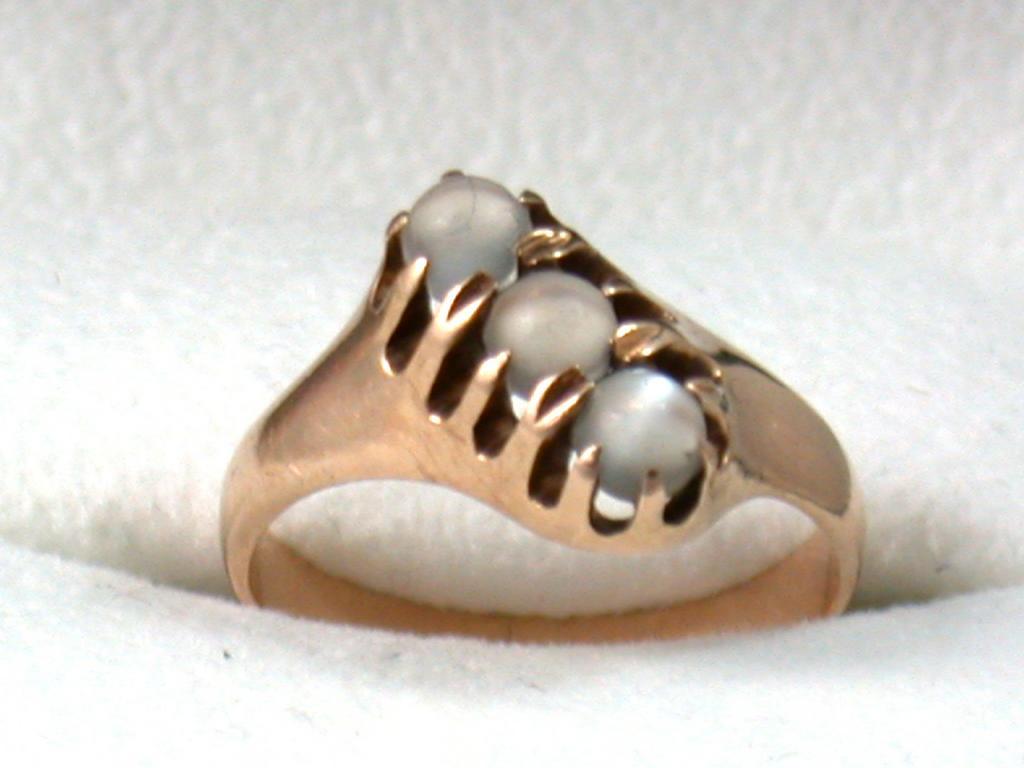 Victorian Rose Gold 3 Moonstone Ring