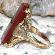Vintage 10K Gold Carnelian Ring