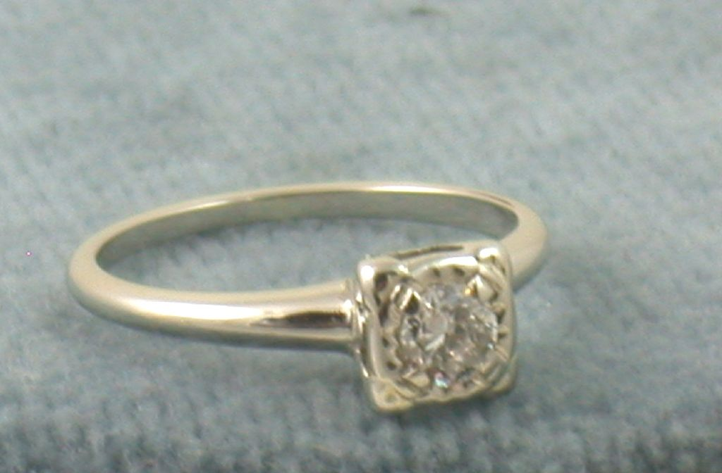 Estate 14K 0.30 CT Diamond Solitaire