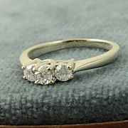 Estate 14KW 0.50 CT 3 Diamond Ring