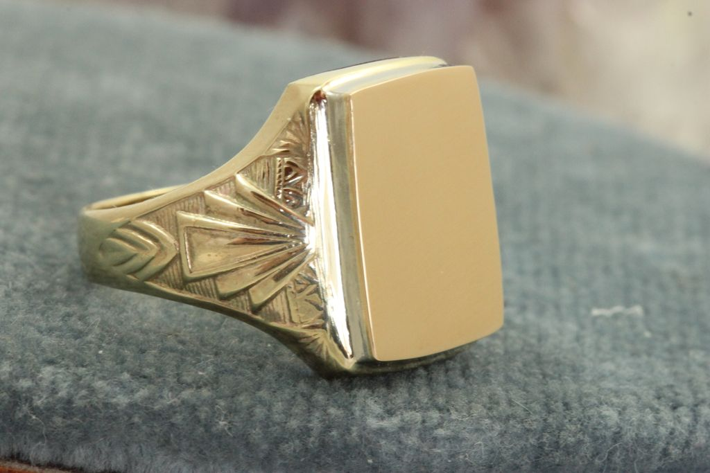 Estate 14K + 10K Gent's Signet Ring