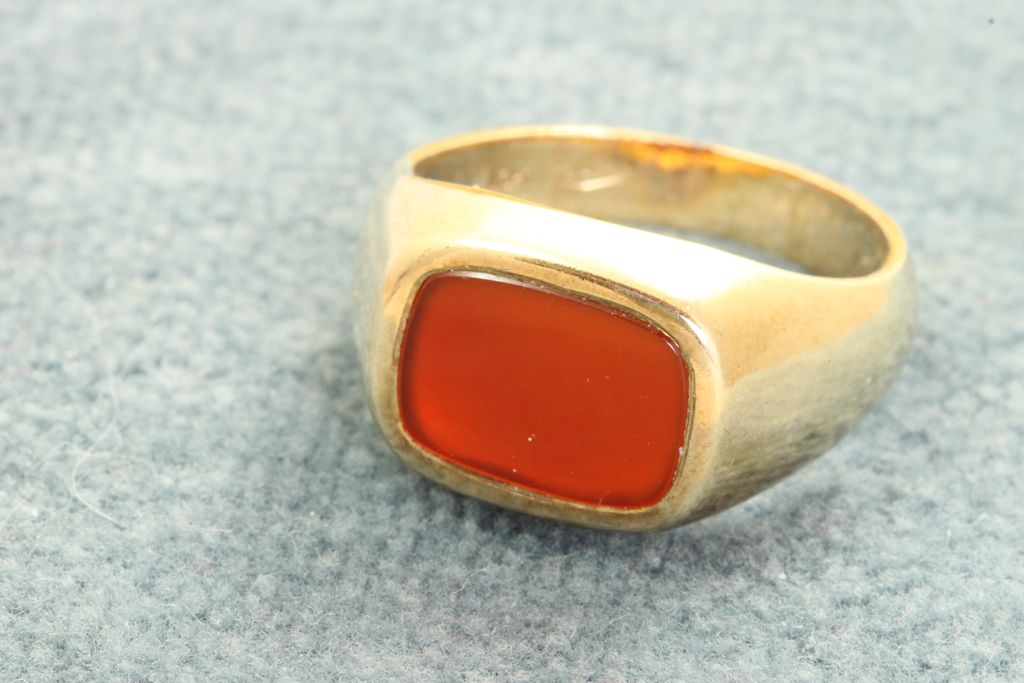 Estate 10K Carnelian Ring