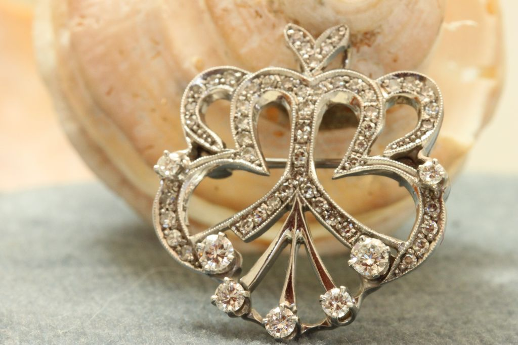 Estate 14K Regal Diamond Brooch/Pendant