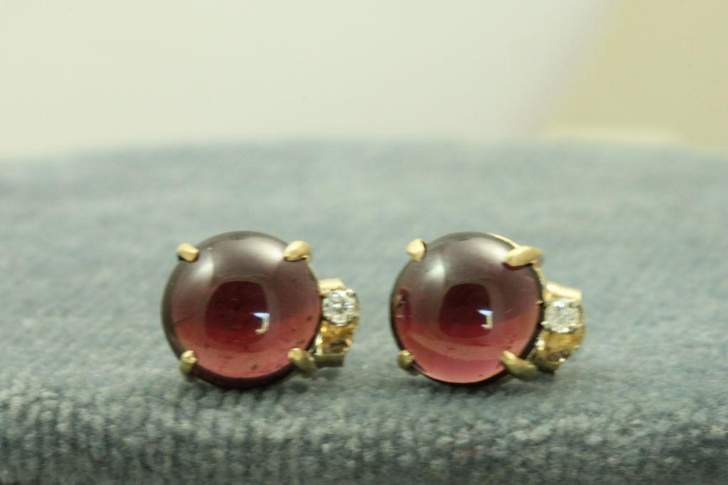 Estate 14K Rhodolite Garnet Diamond Post Earrings