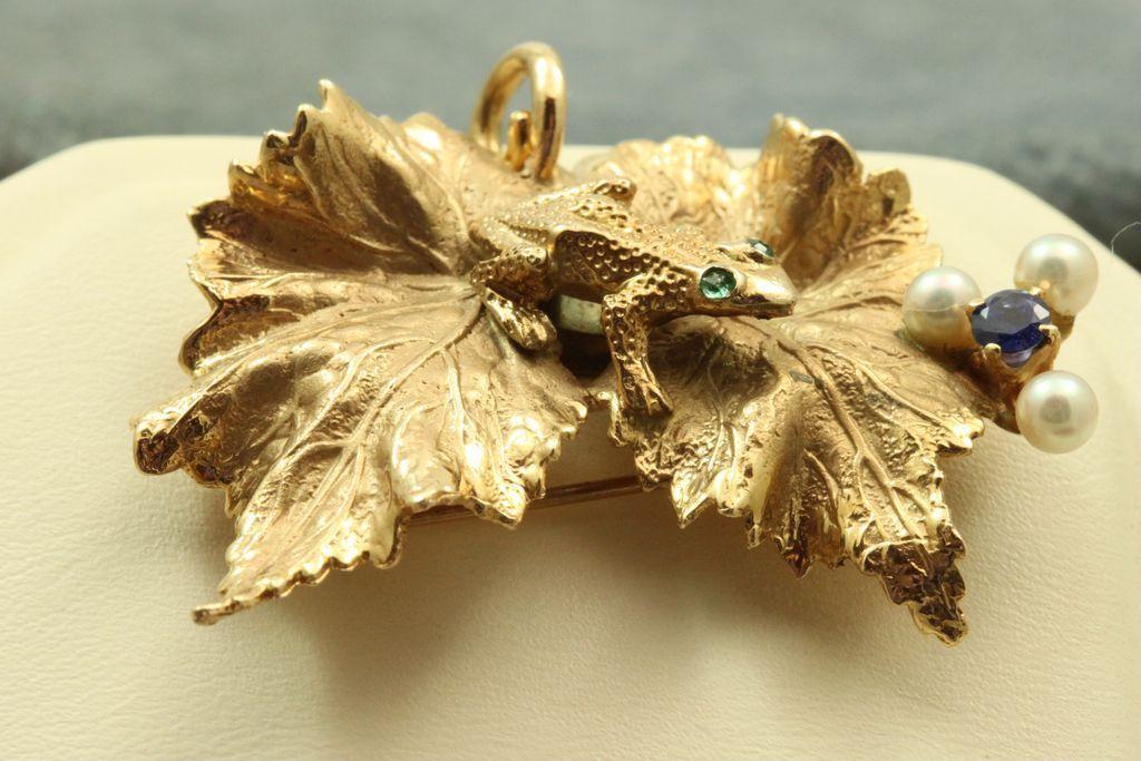 Estate 14 K Emerald Sapphire Pearl Frog Pin/Pendant