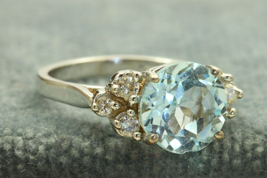 14 KW 3.27 CT Blue Topaz and Diamond Ring