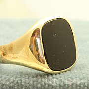 Estate 1948 14 K Onyx Gentleman's Ring