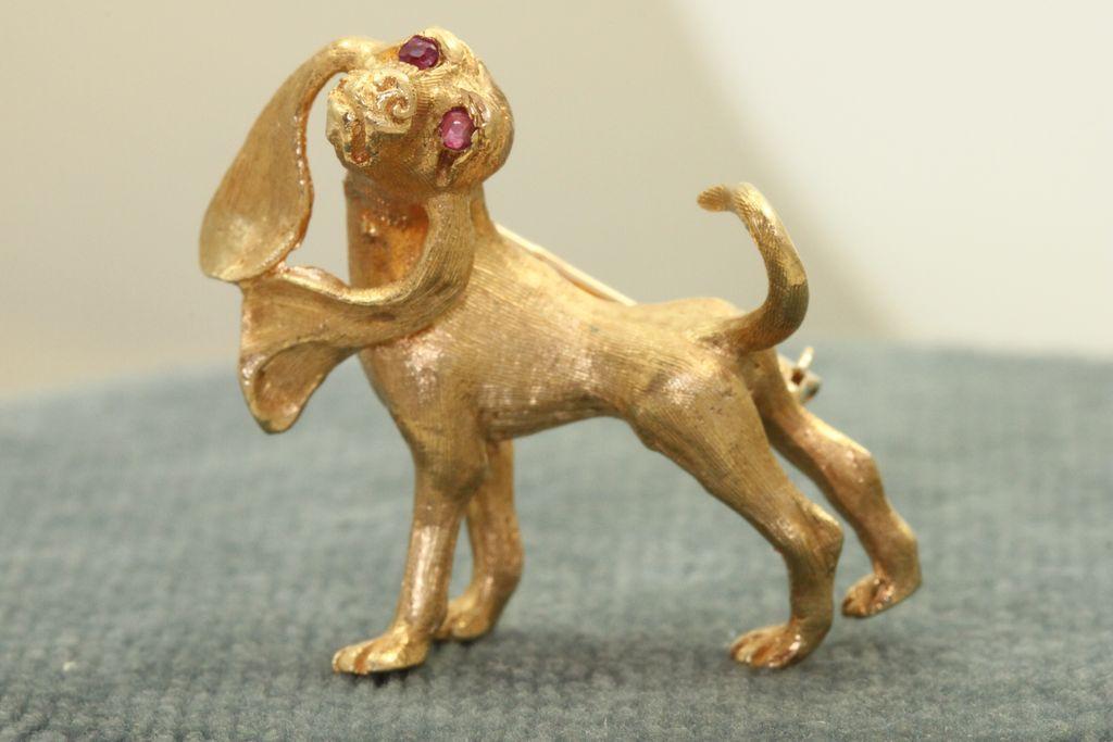 Estate 1960's 14 K Hound Dog Pin with Ruby Eyes