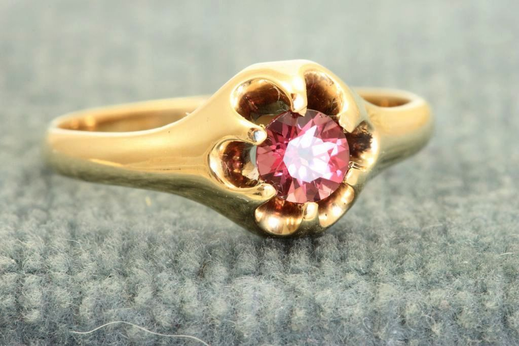 14 K Estate Belcher Raspberry Tourmaline Ring