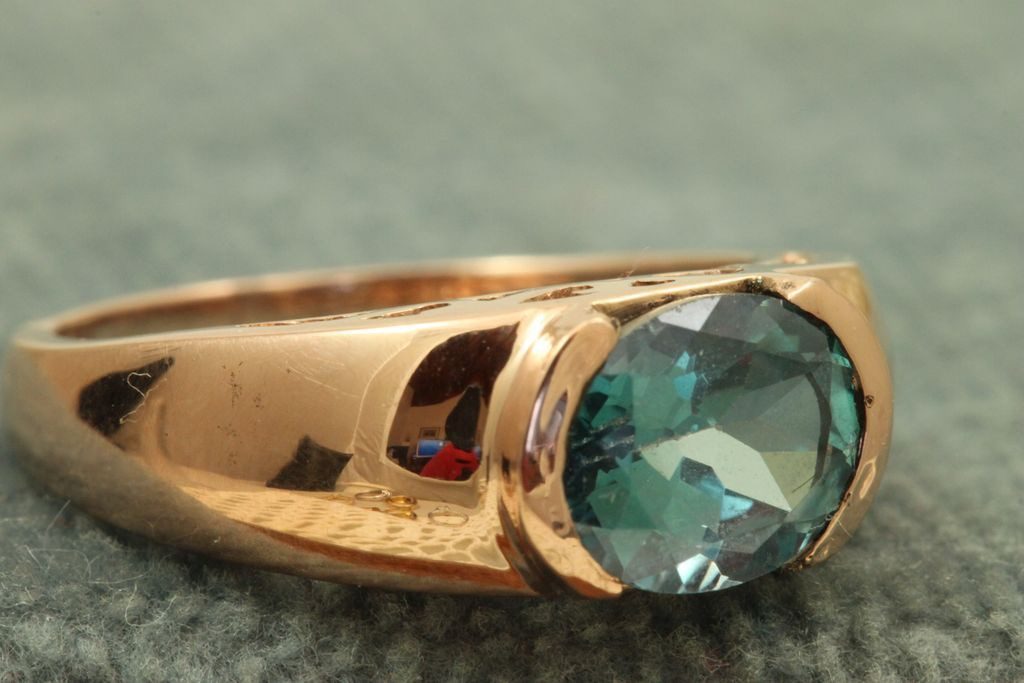 Estate 14 K 2 CT Blue Zircon Rose Gold Ring