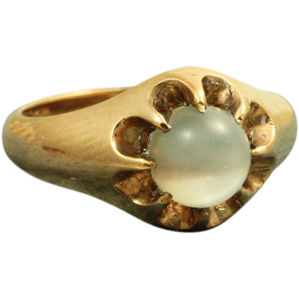 14 K Belcher Moonstone Ring