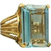 Estate 14 K 12 CT Blue Topaz Dinner Ring