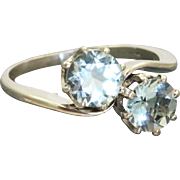 Early 20th Century Platinum 1.65 CT Aquamarine Bypass Ring