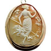 Estate 14 K Figure Cameo in Handmade Surround