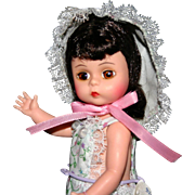 """8"""" Madame Alexander """"wendy loves learning to sew"""" all original HP"""