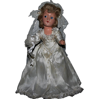 "11"" Composition 1940's Bride doll all original"