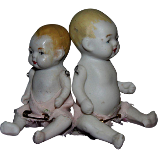 Set of small Japan bisque jointed bisque babies