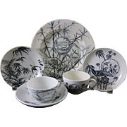 Collection English Aesthetic Black Transferware - 1880s